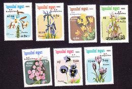 Cambodia, Scott #596-602, Mint Hinged, Flowers, Issued 1985 - Cambodja