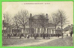 27- La Madeleine De Nonancourt - Les écoles - France