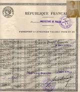 PASSEPORT A L ETRANGER  AU NOM DE MME DE SUBRA DE SAINT MARTIN        NEE A LIMOGES EN 1874     TAMPON SOUTHAMPTON 1923 - Documenti Storici