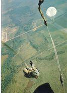 Parachutisme Saut En Parachute Parachutiste - Paracaidismo