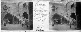 V0840 - ITALIE - VERONE - Escalier Gothique - Plaques De Verre