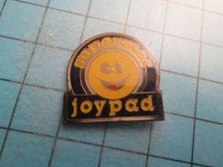 Pin516b Pin's Pins / JOYPAD SMILEY SUPERSTAR JEU SUR PC OU CONSOLE , Belle Qualité !!!    Marquage Au Dos : ---- - Games