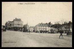35 - VITRE - Place De La Liberté - Vitre