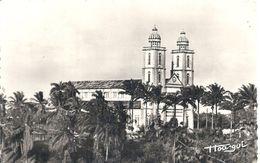 CAMEROUN - DOuala - CPSM PF NB - Cathédrale - Cameroun