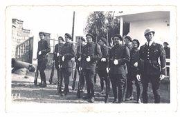 Photo Soldats, Régiment à Identifier, Fusil Baïonnette Au Canon - Guerre, Militaire
