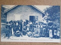 CONGO . BRAZZAVILLE .   BOULANGERES BAKETEES APPORTANT LE MANIOC AU F SEVERIN - Brazzaville