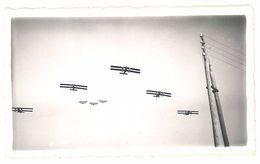 Photo Avions En Vol, Biplans - Les 206, Vol De Groupe - Aviation