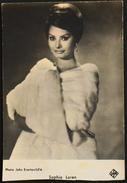 CP. - Sophia Loren, Née Sofia Villani Scicolone Le 20 Septembre 1934 à Rome, Est Une Actrice Italienne - En L'état - Actors