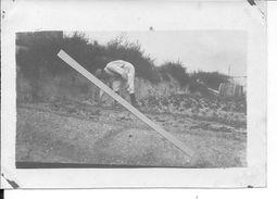 1917 Champagne Soldat Français Raynaud Dans Le Jardin Potager Du Secteur 1 Photo Ww1 - Guerre, Militaire