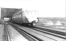 ¤¤  -   Cliché D'une Machine  -  BUGATTI  ?? Sur Un Pont  - Chemin De Fer  -  Voir Description    -  ¤¤ - Trains