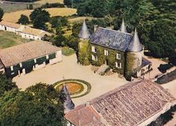 MONTGUYON. - Le Château De La Magdelaine. Vue Aérienne - France