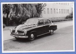 Orig.Foto Um 1955, Großer PKW (Hochzeitslimousine), Format Ca. 10,2 X 7 Cm, Gute Erhaltung - Auto's