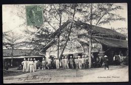 CPA ANCIENNE- INDOCHINE FRANCAISE- CAP-SAINT-JACQUES- LE MARCHÉ- TRES BELLE ANIMATION DEVANT LA HALLE- - Vietnam