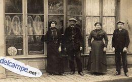 CPA -  CARTE - PHOTO -  BOULANGERIE  GOUIN -  Personnel Posant Devant Le Magasin ( Boulanger Et Son épouse ??? ) - Magasins