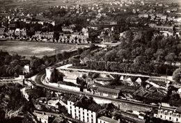 POITIERS VUE AERIENNE LES REMPARTS LE JARDIN DE BLOSSAC ET LE STADE DE LA MADELEINE - Poitiers