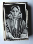 Asia India Photocard Beautiful Woman By Badyari And Co Dalgate Srinagar - India
