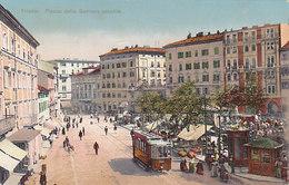 Trieste - Piazza Della Barriera Vecchia Con Tram        (A-46-120607) - Tram