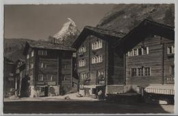 Dorfplatz In Alt-Zermatt, Matterhorn, Animee - Photo: E. Gyger No. 5134 - VS Valais