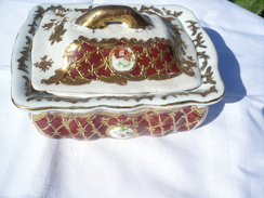 Porzellan-Deckeldose Mit Abtropfeinsatz (445) - Ceramics & Pottery