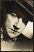 CP. - Alexandre Guitry, Dit Sacha Guitry, Est Un Dramaturge, Acteur, Metteur En Scène, Réalisateur Et Scénariste Françai - Acteurs