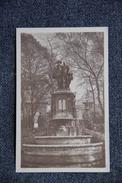 BRUXELLES - Statue Des Comtes D'EGMONT Et De HORNES - Monumenti, Edifici