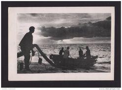 CARD LUANDA ANGOLA LUANDA AFRICA AFRIQUE FISHING BOAT BOATS BATEAU BATEAUX DE PECHE - HERALDIC HERALDIQUE COAT OF ARMS - Angola