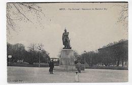 METZ - NEY DENKMAL - MONUMENT DU MARECHAL NEY AVEC PERSONNAGES - CPA NON VOYAGEE - Metz