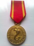 Medalla De Varsovia A La Defensa, Alzamiento Y Liberacion. Polonia Comunista. 1939-1945. 2ª Guerra Mundial Condecoracion - 1939-45