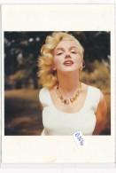 AC - B2640 (Photo Format CPM GF) - Reproduction Photo Marilyn Monroe   1957 - Reproductions