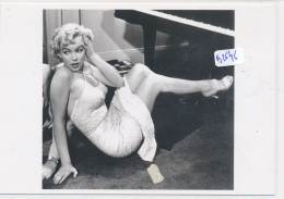 AC - B2646 (Photo Format CPM GF) - Reproduction Photo Marilyn Monroe   Années 1950 - Reproductions