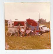 Photographie  Camping Animée Parasol Pub Bière Kronenbourg Caravane Auto Ds Photo 8,8x8,6 Cm - Cars