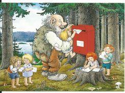 CPM Norge (Norvege) Troll Des Forêts - Boîte Aux Lettres, Enfants Qui écrivent Du Courrier - Illustration Rolf Lidberg - Contes, Fables & Légendes