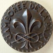 Scoutisme Mondial - Médaille En Bronze Du Jamboree De La Paix 1947 Par Poillerat - Scoutisme