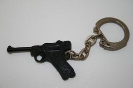 Vintage TOY GUN :  SCHICK LUGER P08 - L=4,5cm - Keychain 1960s - Keywords : Cap - Cork Gun - Rifle - Revolver - Pistol - Armes Neutralisées