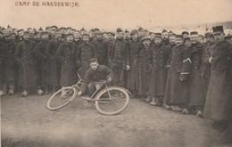 CAMP DE HARDERWIJK  ( 5/6 )     Photo 13,5 Cm X 8,7 Cm ) - 1914-18