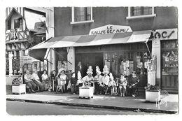 LES SABLES D'OLONNE (85) Avenue Alcide Gabaret Terrasse De Commerce Le Rallye Des Amis - Sables D'Olonne