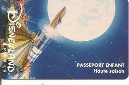 PASS--DISNEYLAND-1996-SPA CE-MOUNTAIN-FUSEE-ENFANT- V° S019602-HORIZONTAL En HAUT- TB E - Pasaportes Disney