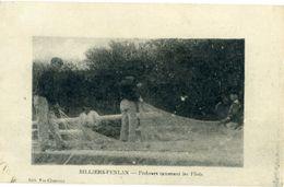 BILLIERS PENLAN Pêcheurs Ramenant Les Filets - France