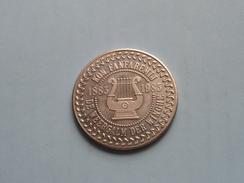 SINT-JORIS WINGE - 100 Winghenaars FANFARE De Weergalm 1883/1983 ( Zilverkleur > 35 Mm. - Details, Zie Foto ) - Gemeentepenningen