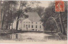 CPA 38 DOLOMIEU Un Coin Du Parc Et Le Château 1915 - France