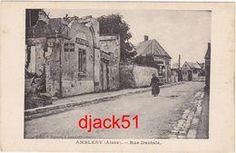 02 - AMBLENY (Aisne) - Rue Dantale / Animation / Plaque émaillée Michelin - Autres Communes