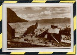 THE LOCH NESS MONSTER OBLIGES THE PHOTOGRAPHERS ( 4 ) 224443 J.V - Inverness-shire