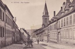 57-Carte Postale Ancienne De  BITCHE   Rue Teyssier    ( Voir Le Scan ) - Bitche