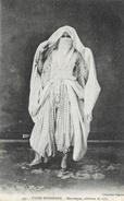 Types Indigènes - Mauresque Voilée - Costume De Ville - Collection Régence - Carte N° 497 - Afrique