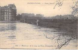 INONDATIONS DE 1910 - Maximum De La Crue Au Pont D'Austerlitz - CPA - Seine - De Overstroming Van 1910