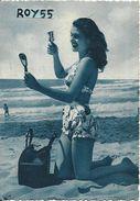 Pin Ups Viareggio Dopo Il Bagno Ragazza In Costume Sulla Spiaggia Che Si Spazzola I Capelli Anni 40/50 - Pin-Ups