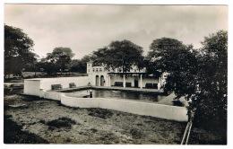 RB 1164 - Real Photo Postcard -Swimming Pool Victoria Falls Hotel Zambia Rhodesia Zimbabwe - Zambia