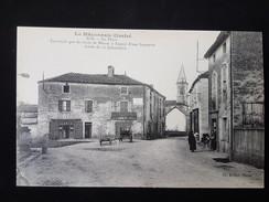 CPA D71 Igé, Place - Frankreich