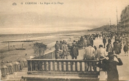 14 CABOURG DIGUE ET PLAGE ANIMEES 24618 - Cabourg