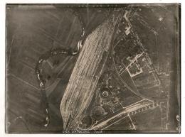 PHOTO AERIENNE DE JUIN 1932 GARE D'AMBERIEU  ENVIRON 24X18CM - Lugares